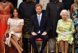 Pagaliau išaiškėjo, kurią pusę palaiko karalienė: liko nusivylusi šeimos elgesiu