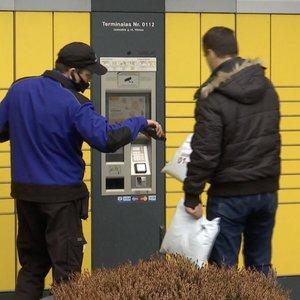 Tautiečiai įsiutę: siuntos iš užsienio per Lietuvos paštą vėluoja mėnesiais