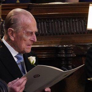 Jungtinė Karalystė pagerbė mirusį princą Philipą patrankų salvėmis
