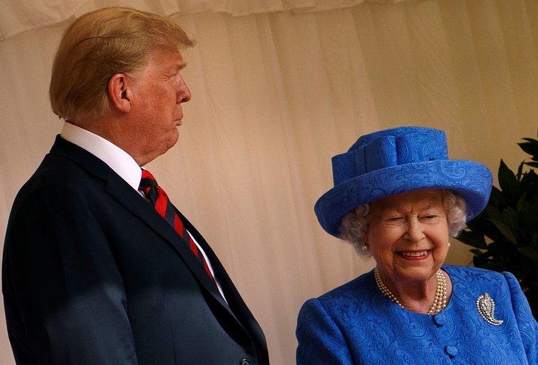 Absoliutus D. Trumpo fiasko: raudo net šalia buvusi karalienė (nuotr. SCANPIX)