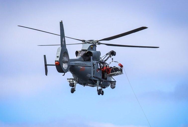 Jūroje dingusio vaiko ieško Lietuvos kariuomenės sraigtasparnis