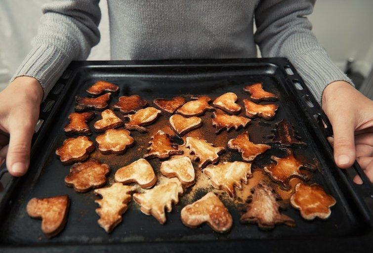 Sudegę sausainiai (nuotr. Shutterstock.com)