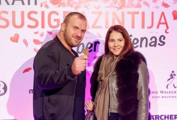 Vytautas Medineckas-Ironvytas su širdies drauge Eugenija  (nuotr. Fotodiena.lt)