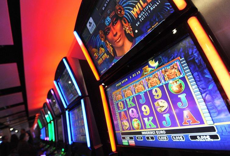 Lošimo automatai (nuotr. SCANPIX)