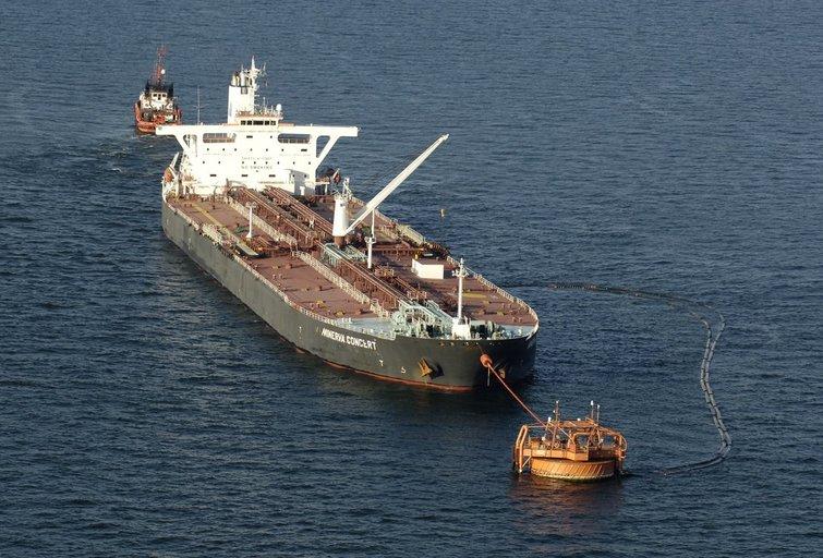 Būtingės terminale išsiliejo nafta, teršalų dėmė – 1 kv. km (Fotobankas)