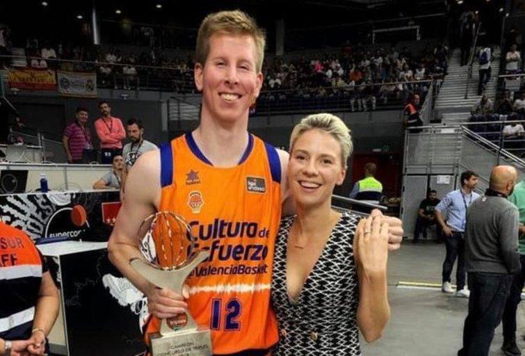 Brockas Motumas su žmona Martyna  (nuotr. facebook.com)