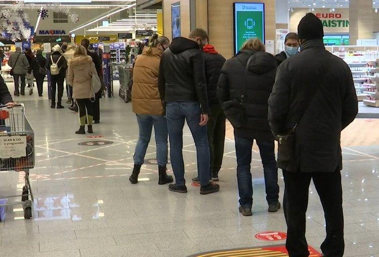 parduotuvės (nuotr. stop kadras)