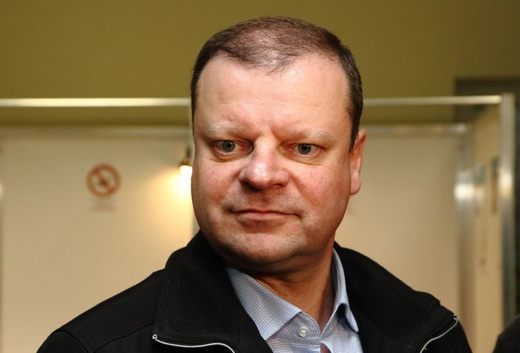 Saulius Skvernelis balsavo Seimo rinkimuose (nuotr. Tv3.lt/Ruslano Kondratjevo)