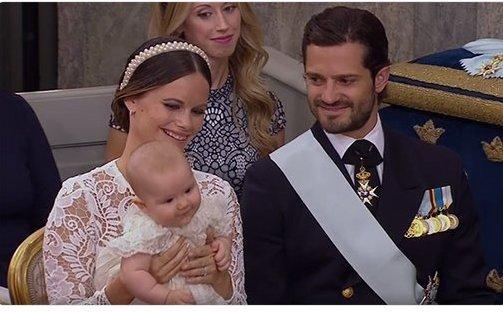 """Pasaulis švenčia Švedijos princo krikštynas: mažylis sužavėjo tūkstančius  (nuotr. asmeninio albumo (""""Facebook"""")"""