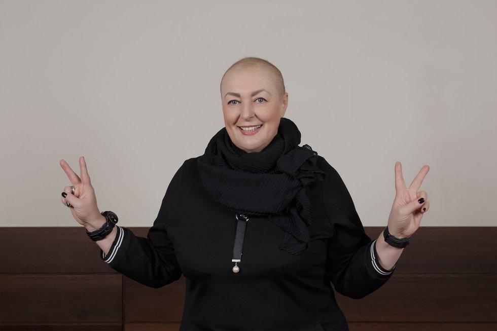 Vaiva chemoterapijos metu nuslinkus plaukams