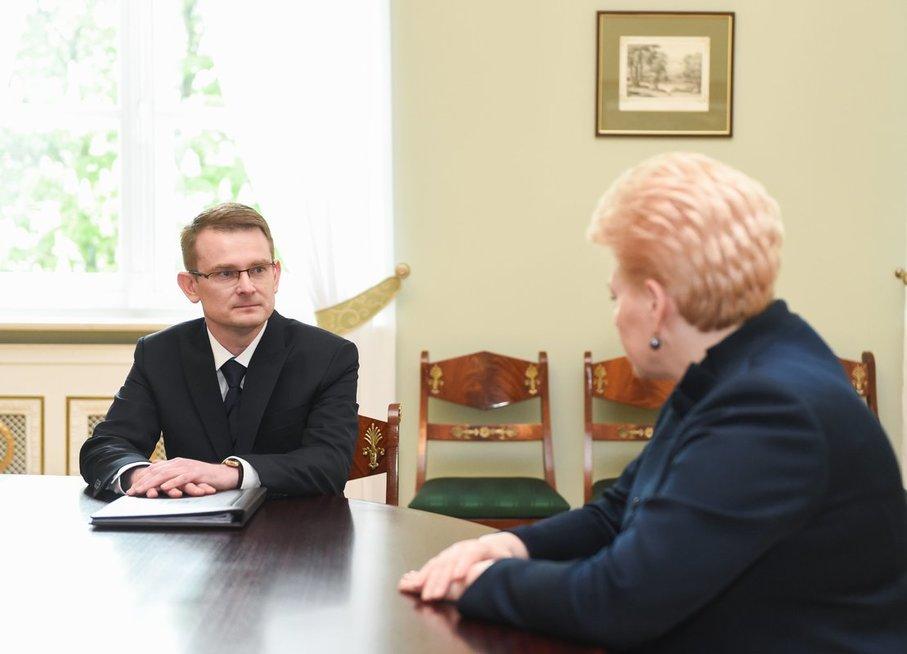 A. Dulkys ir D. Grybauskaitė