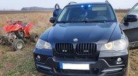 """Pareigūnų ir keturračio vairuotojo """"lenktynės"""": bėglys išsilaikė vos kelias minutes (nuotr. Policijos)"""