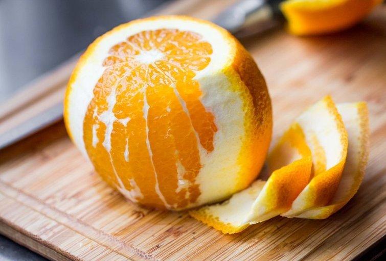 Apelsinų žievelės (nuotr. Shutterstock.com)
