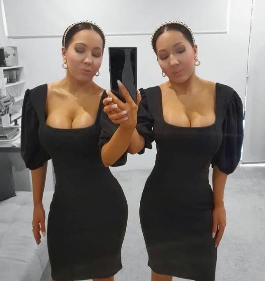 Net tualete neišsiskiriančios dvynės stebina kitus: dalijasi 1 vaikinu
