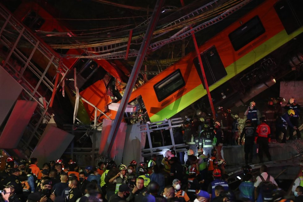 Meksike per metropoliteno traukinio avariją žuvo mažiausiai 13 žmonių, dešimtys sužeista (nuotr. SCANPIX)