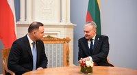 Lenkijos prezidentas Andrzejus Duda ir Gitanu Nausėda (nuotr. Fotodiena/Justino Auškelio)