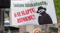 Prie Seimo mitingavusių miškininkų balsai išgirsti (nuotr. Tv3.lt/Ruslano Kondratjevo)