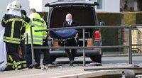 Vokietijoje automobilis pėsčiųjų perėjoje mirtinai partrenkė du žmones, dar du sužalojo (nuotr. SCANPIX)
