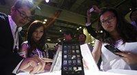 """""""Blogiausias scenarijus"""" pildosi: """"Huawei"""" lieka be """"Android"""" (nuotr. SCANPIX)"""