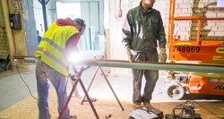Pravėrė statybininkų pinigines: galima uždirbti ir 3 000 eurų