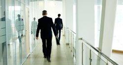Lietuvos kreivė žemyn, ES – aukštyn: rasti nuolatinį darbą darosi sunkiau