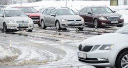 Populiarių naudotų automobilių savininkus vilioja tūkstantinėmis kompensacijomis