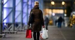 Skundžiasi negalintys grąžinti prekių žinomoms parduotuvėms: kaltas klientų antplūdis?