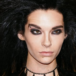 """Legendinės grupės """"Tokio Hotel"""" narys įsivėlė į skandalą: prieš vyrą sukilo gyvūnų mylėtojai"""