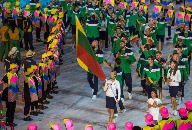 Lietuvos olimpinė delegacija Rio žaidynėse 2016 metais. (Alfredo Pliadžio/LTOK nuotr.)