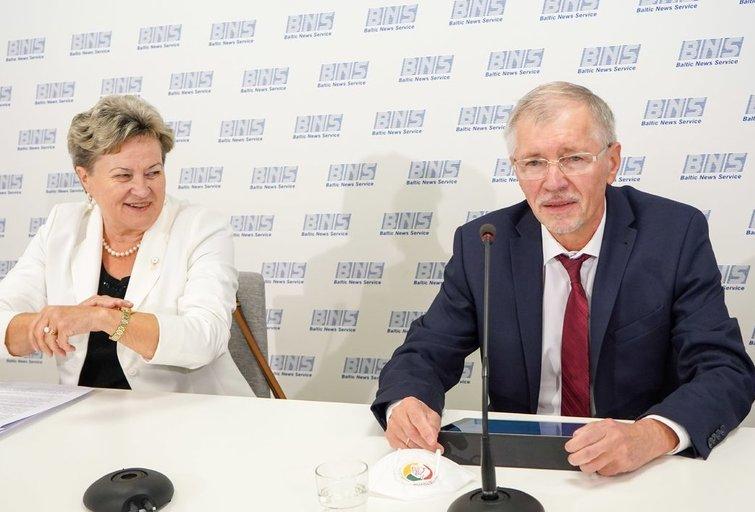 Lietuvos socialdemokratų darbo partija atskleidė, kodėl Karbauskis su jais nutraukė sutarimą (Fotodiena/ Viltė Domkutė)