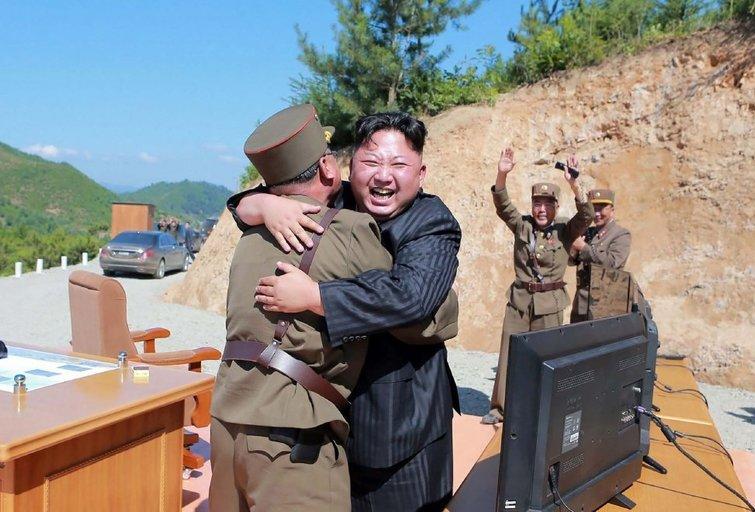 Šiaurės Korėja grasina JAV raketomis: kokį pasirinkimą turi D. Trumpas? (nuotr. SCANPIX)