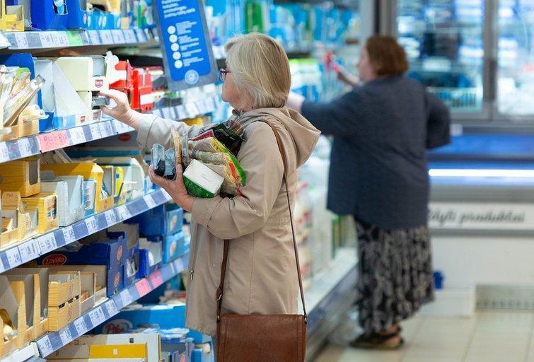 Parduotuvėje (nuotr. Fotodiena/Justino Auškelio)