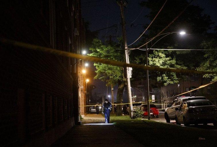 Per šaudynes Čikagoje žuvo keturi žmonės, dar keturi sužeisti (nuotr. SCANPIX)
