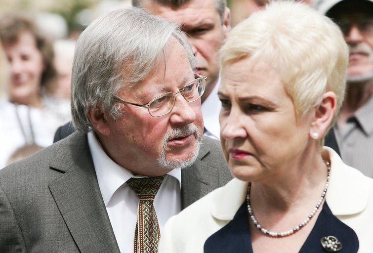 Vytautas Landsbergis ir Irena Degutienė (nuotr. fotobankas.lt)