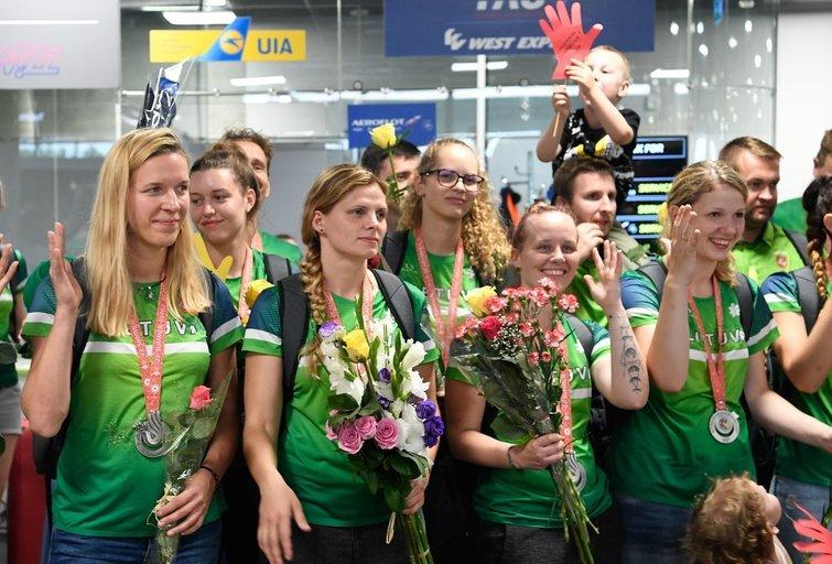 Prezidentė pasveikino 13 medalių iškovojusius Kurčiųjų olimpiados sportininkus (nuotr.  Fotodiena/Darius Jakubauskas) )