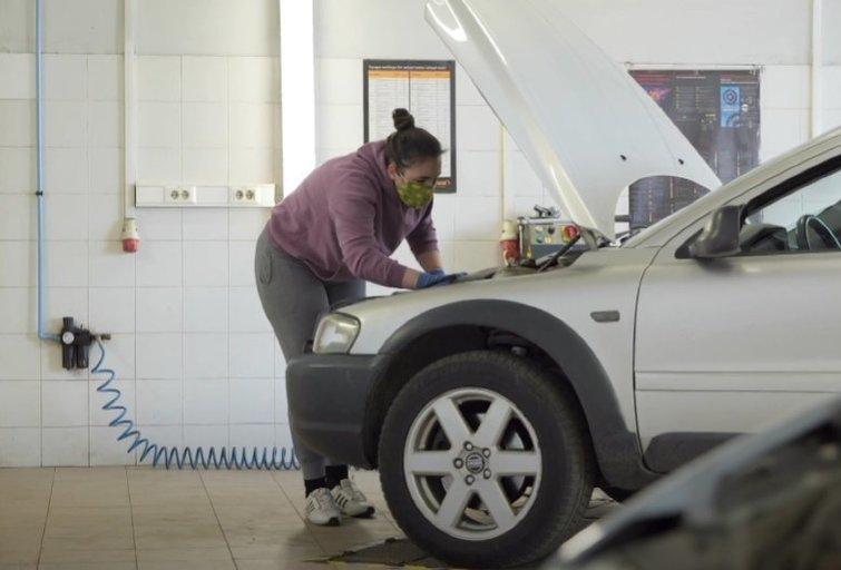 Automechanikė Karolina laužo visus standartus (nuotr. Organizatorių)