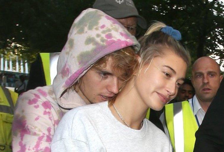 Justin Bieber ir Hailey Baldwin (nuotr. Vida Press)