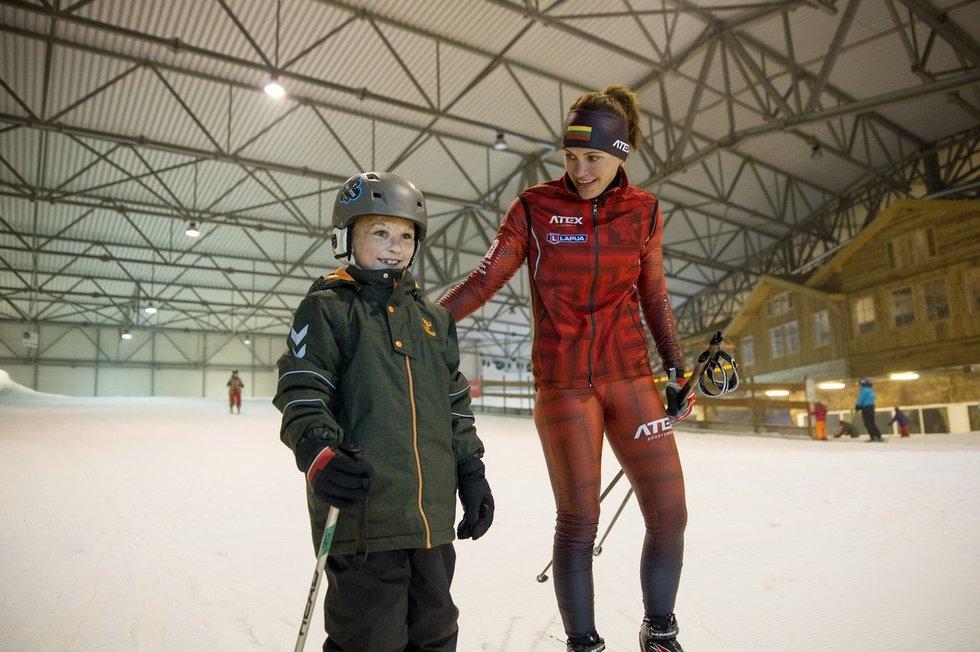 Mažasis Erikas su biatlonininke