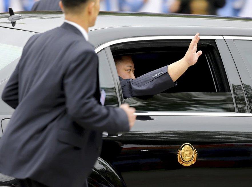 Kim Jong Unas atvyko į susitikimą su Trumpu (nuotr. SCANPIX)