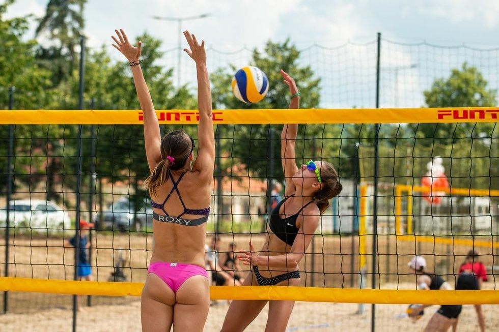 Atidarytas Baltojo tilto sporto aikštynas