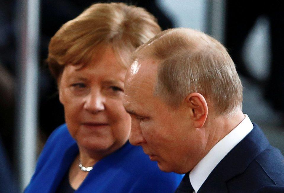 Putino karas Vokietijoje: paskutinis skandalas perpildė ir santūrių vokiečių kantrybės taurę