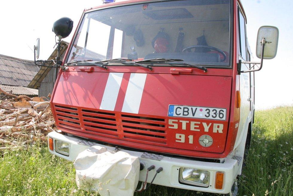 Vilniaus rajone per gaisrą mirė ugniagesys nuotr. Broniaus Jablonsko
