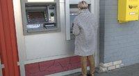 Bankomatas (nuotr. stop kadras)