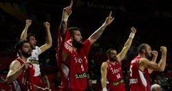 Laiku čempionate atbudusi Serbija – finale, bet mojuoja balta vėliava?