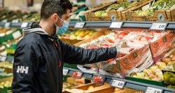Velykų stalui lietuviai negaili ir 200 eurų: vištų kiaušinius keičia putpelių, o mėsą – jūros gėrybės