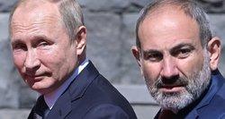 Prieš pirmalaikius rinkimus atsistatydina Armėnijos premjeras