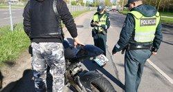 Motociklininkai renka parašus ir žada protestą prieš šiemet įsigaliojusį įstatymą