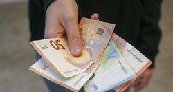 Pensijų naujovės: valstybė kaupiantiems papildomai atseikės šimtus