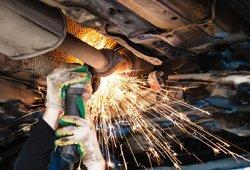 """Katalizatorių vagystės – """"ant bangos"""": vardija, kurie automobiliai nukenčia labiausiai"""