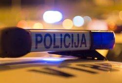 Baisi avarija Kupiškio rajone: jaunas vairuotojas – reanimacijoje, sužalotos dvi nepilnametės